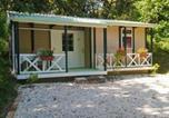 Location vacances Aleyrac - Cottage la fourche-1