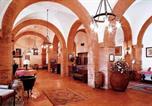 Location vacances  Province de Livourne - Cecina Apartment Sleeps 4 Pool Wifi-2