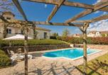 Location vacances Teyjat - Luxurious villa in Rouzede with private pool-1