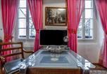 Hôtel Grans - Chambre d'hôtes Presbytère St Symphorien-4