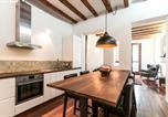 Location vacances  Province de Barcelone - 3 Bedroom Apartment Near Las Ramblas-4