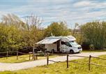 Camping avec Hébergements insolites Ounans - Écodomaine &quote;La Rêverie&quote;-2