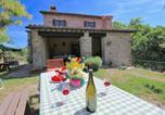Location vacances Apecchio - Lovely Farmhouse in Apecchio with Swimming Pool-1