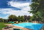 Location vacances Casole d'Elsa - Idyllic Countryside Apartment on Chianti hills with pool-1