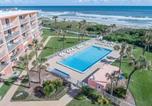 Hôtel Cocoa Beach - Cocoa Beach Towers-1