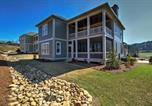 Location vacances Macon - Spacious Home with 2 decks in Reynolds Lake Oconee!-1