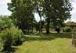 Location vacances Brainville-sur-Meuse - Au Jardin-1