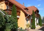 Location vacances Balatonboglár - Apartment in Balatonlelle 19103-1