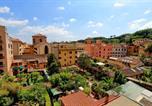 Location vacances  Ville métropolitaine de Rome - Trastevere Charming Penthouse-2