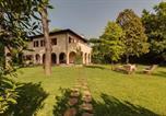 Location vacances Montignoso - Forte dei Marmi renewed 6 bedroom villa-3