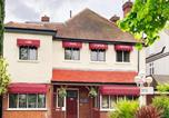 Location vacances Enfield - The Oak Lodge Hotel Enfield-1