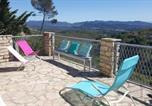 Villages vacances Porquerolles - Chalet dans parc de loisir avec piscine, vue panoramique-1