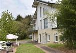 Location vacances  Moselle - Quaint Holiday Home in Varsberg with Terrace-2
