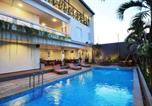 Villages vacances Kuta - D'Lima Hotel & Villas-1
