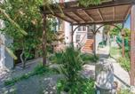 Location vacances Massignano - Apartment Grottammare (Ap) with Fireplace I-4
