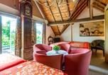 Location vacances Lanaken - Gorgeous Holiday Home in Maasmechelen with Garden-2