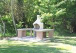 Location vacances  Province de Teramo - Casale Le Rocche-2