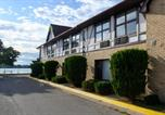 Hôtel Canada - Days Inn by Wyndham Sarnia Harbourfront-1