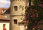 Hôtel Couches - Logis Des Trois Maures-3