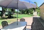 Location vacances  Gironde - Ferienhaus Vensac 100s-1
