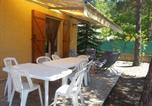 Location vacances  Alpes-de-Haute-Provence - Chalet 126 m² Praloup-3