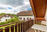 Location vacances Bad Hersfeld - Five-Bedroom Holiday home Reimboldshäuser 07-4