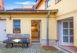 Location vacances Bad Sulza - Elegant Apartment in Naumburg with Terrace-2