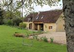 Location vacances Couffy - Gîte à l'ombre des chênes-1