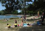 Camping avec Site nature Centre - Camping Le Rochat-1