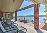 Location vacances Miami - Spectacular Duck Creek Waterfront Retreat with Dock!-3