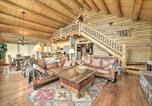 Location vacances Mountain Village - Ski-In and Ski-Out Telluride Log Home with Deck, Mtn View-4