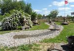 Camping avec Piscine Saint-Martin-Lars-en-Sainte-Hermine - Sites et Paysages de La Motte-2