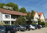 Location vacances Neu-Ulm - Landhotel Gasthof am Berg-1