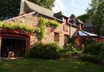 Location vacances Loscouët-sur-Meu - O jardin en Broceliande-1