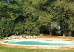 Location vacances Le Change - Three-Bedroom Holiday Home in Savignac Les Eglises-4