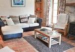 Location vacances Tombeboeuf - Holiday Home Lauzun Rue Taillefer-3