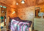 Location vacances Williamstown - Hocking Hills Lake Cabin with Hot Tub, Deck and Dock!-4