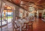 Location vacances  Province de Rieti - Stunning home in Poggio Catino w/ Outdoor swimming pool, Sauna and Wifi-3
