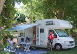 Camping avec Piscine Allègre-les-Fumades - Camping Le Clos-4