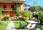 Location vacances  Province de Côme - Spacious Apartment in Menaggio with Terrace-3