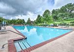 Location vacances Dillard - Sky Valley Retreat with Resort Amenities and Views-2