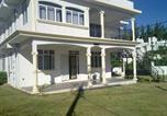 Location vacances Flic en Flac - Sagar Villa-2