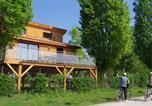 Camping avec Parc aquatique / toboggans Ain - Sites et Paysages Kanopée Village-2