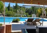 Location vacances Nans-les-Pins - Escapades en provence-1