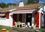 Location vacances La Jonchère - Une jolie maison de famille pour 8 personnes-2