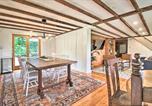 Location vacances Ludlow - Renovated Farmhouse Less Than 1 Mi to Okemo Mountain!-3