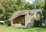 Location vacances  Nièvre - Two-Bedroom Holiday Home in Hery-1