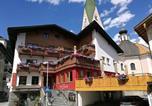 Location vacances Zell am Ziller - Gasthof Zellerstuben-1