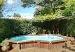 Location vacances Saint-Clément-de-Rivière - Grand studio avec piscine-1