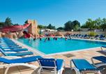 Camping avec Piscine Saint-Nazaire - Camping Le Roussillon-1